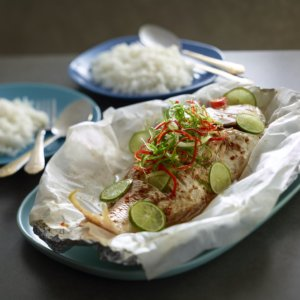 Steamed-chilli-and-lime-fish-recipe-West-End-Magazine-www.westendmagazine.com