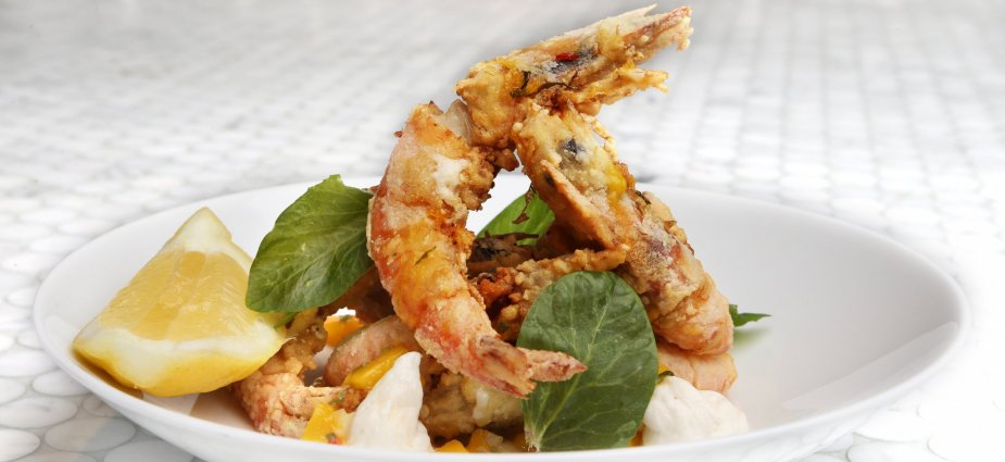 Drunken Greek Prawns