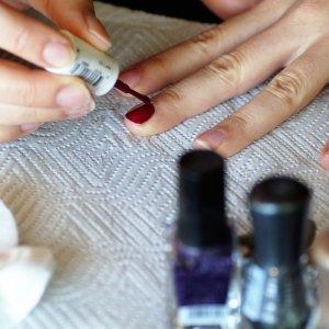 WEM-Food-Allergy-Week-Nail-Painting
